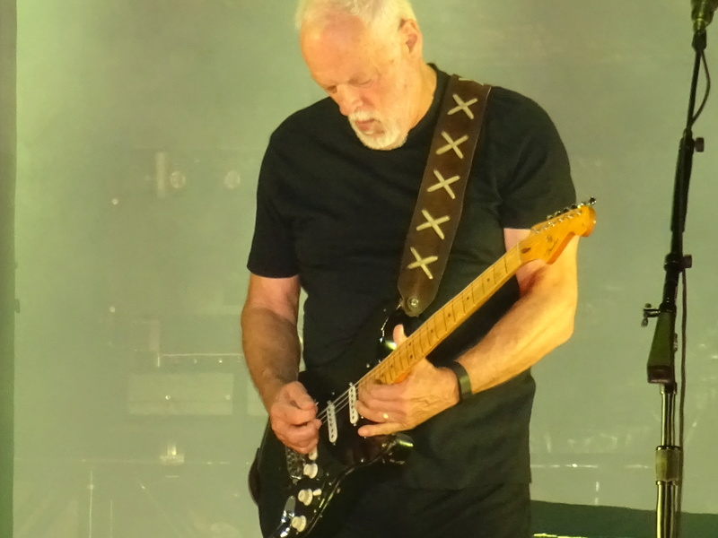 David Gilmour à la Saline Royale d'Arc-et-Senans (Besançon) le 23.07.16 - Page 22 Dsc01314