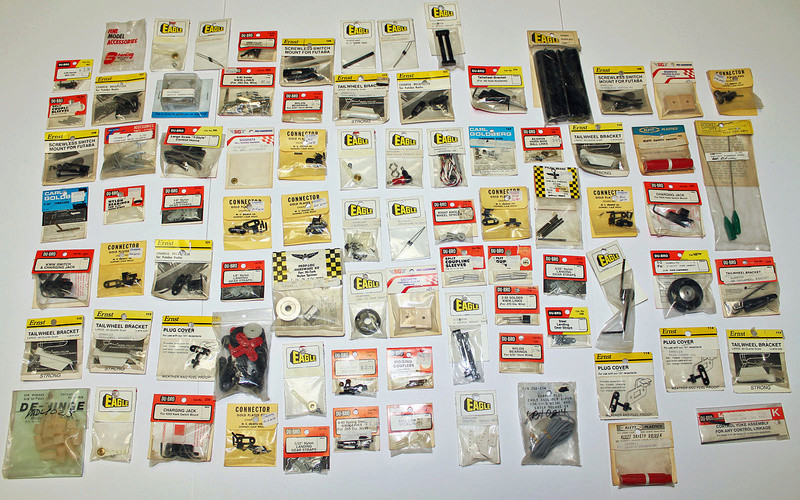 Over 1,000 non-Cox parts for sale Lot_fo19