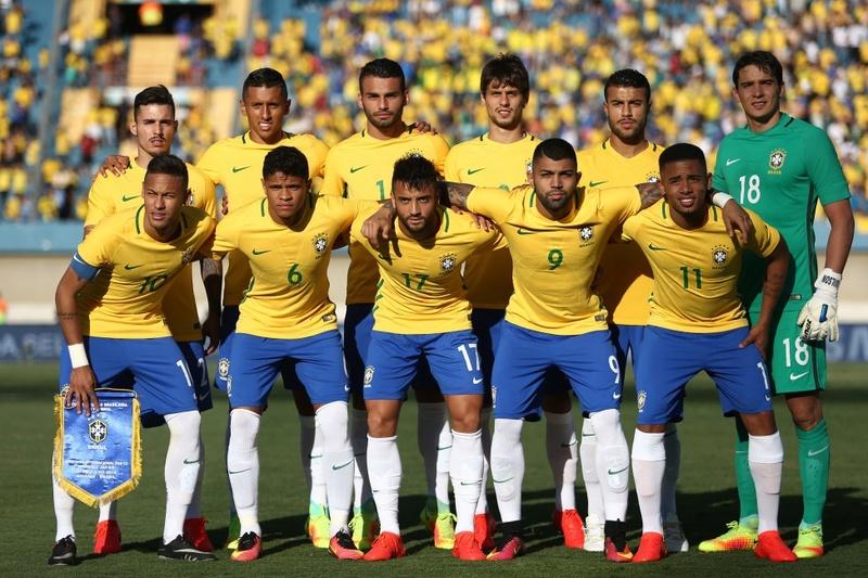 Football / Soccer - Page 2 Brasil10