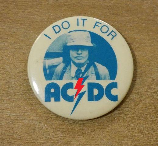 "1976 - High voltage ""Tour"" 226"
