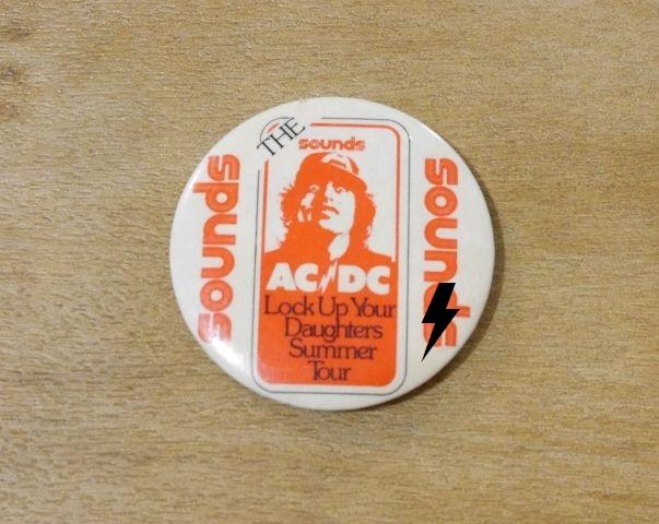 """1976 - High voltage """"Tour"""" S-l16010"""