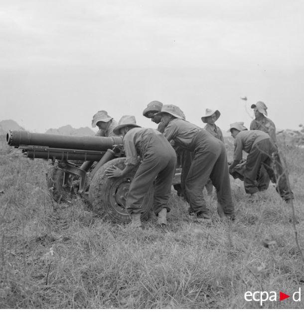 Tirailleurs en Indo Artill10