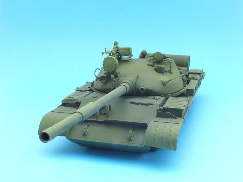 T62A (Tamiya 35108) - 1/35 - décoration Israélienne (Capture d'un tank syrien) montage TERMINÉ  Dscf0011