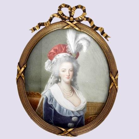 Marie-Antoinette au livre en robe bleue - Page 2 Zzfunn12