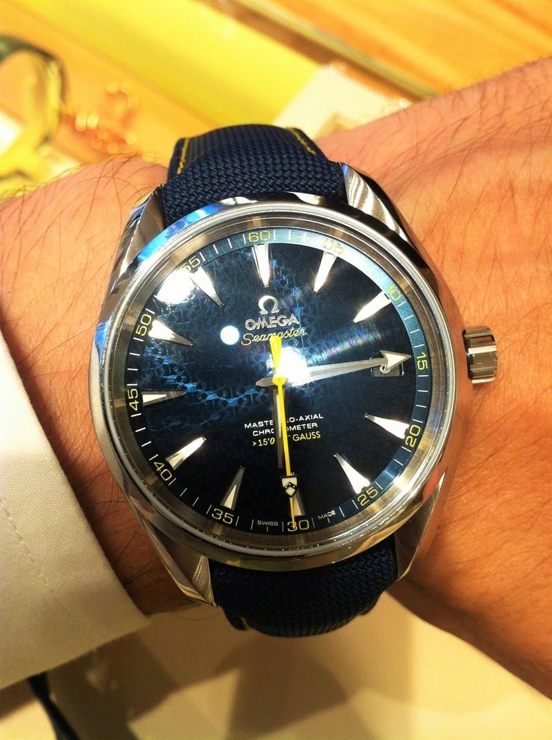 livre: James Bond, l'espion qui aimait les montres Img_0210