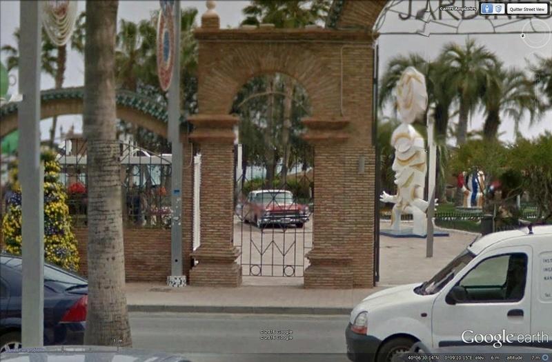 STREET VIEW : les vieilles voitures américaines Cadill11