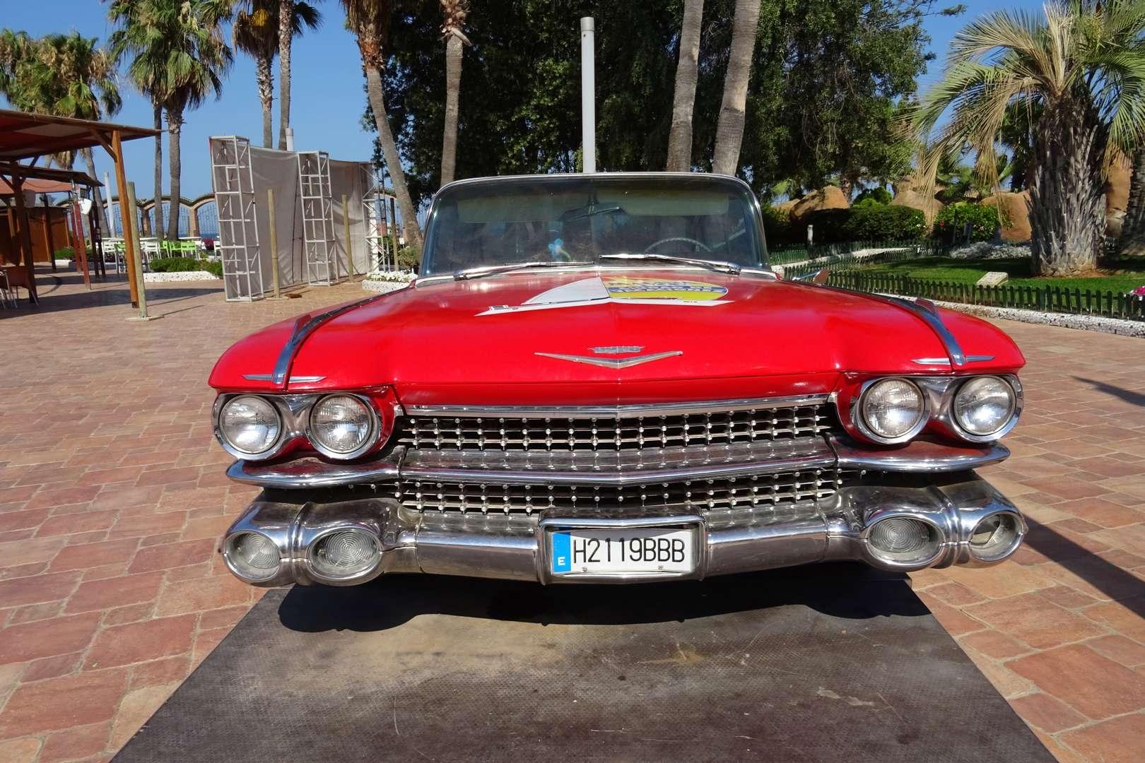 STREET VIEW : les vieilles voitures américaines Dsc01310