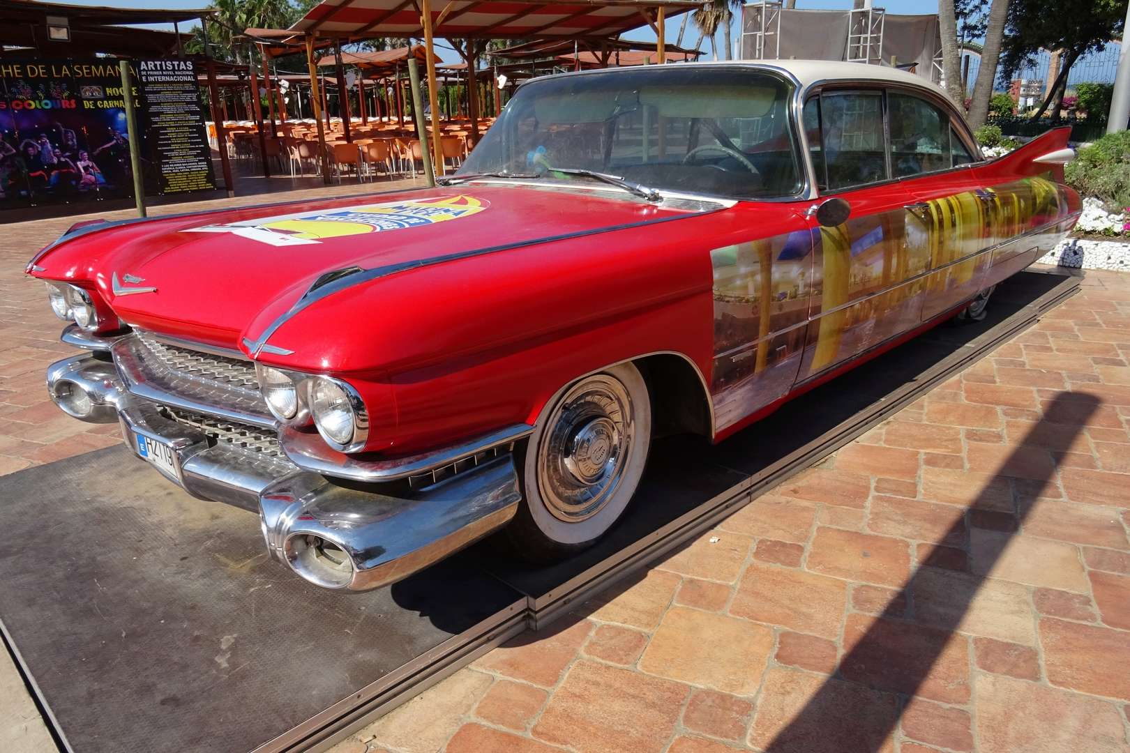 STREET VIEW : les vieilles voitures américaines Dsc01311