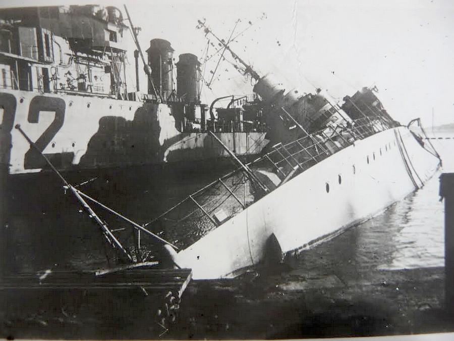 [Histoire et histoires] Toulon : Sabordage de la Flotte (photos) - Page 4 6c5bc610