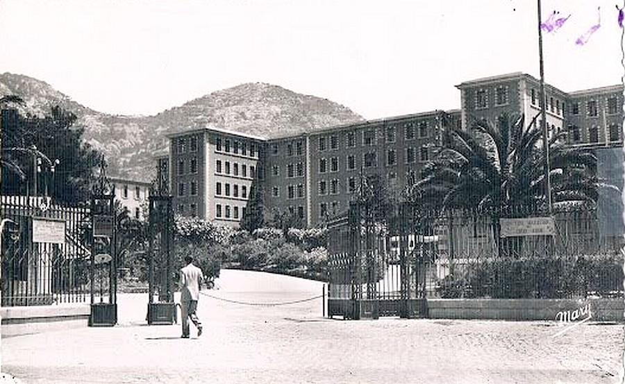 [Le service de santé] HIA Ste Anne déconstruction du bâtiment Beranger-feraud et rénovation de bâtiments 711