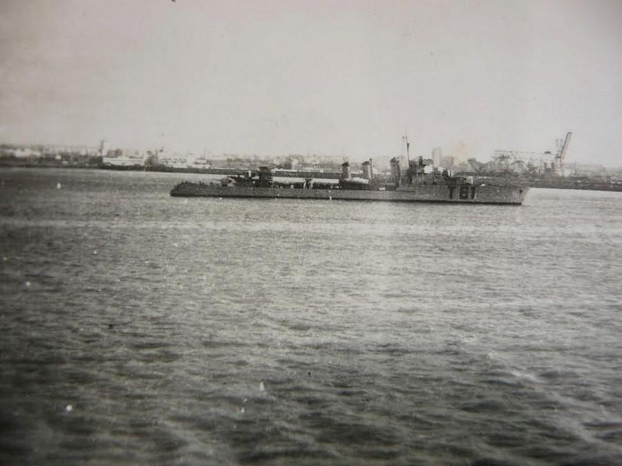 [Histoire et histoires] Toulon : Sabordage de la Flotte (photos) - Page 4 86234910
