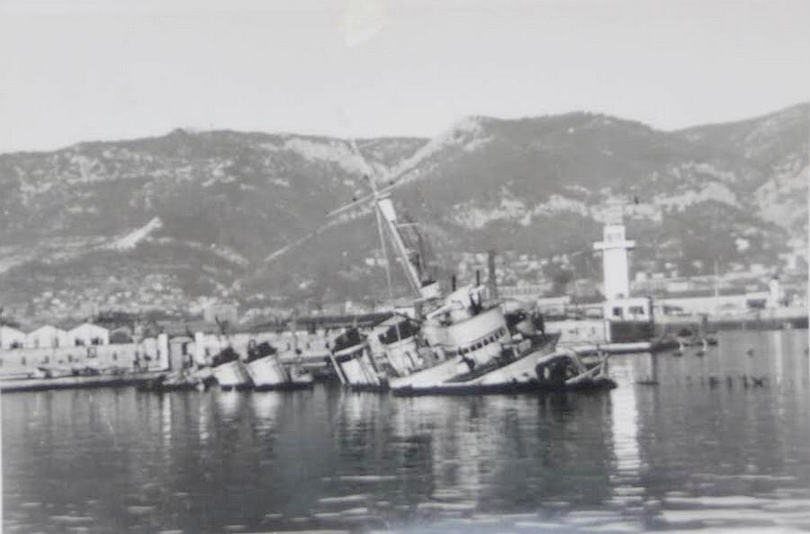 [Histoire et histoires] Toulon : Sabordage de la Flotte (photos) - Page 4 E4083710