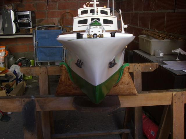 yacht le BRIGAND au 1/25° de NAVIG - Page 7 Dsci0122