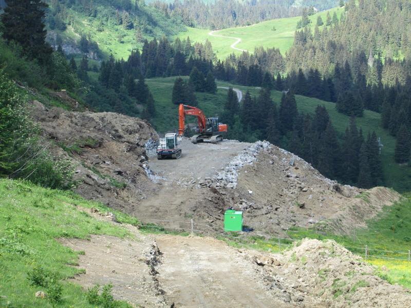 """Construction de télésièges dans le domaine """"Diablerets-Villars-Gryon (Suisse)"""" Img_1630"""