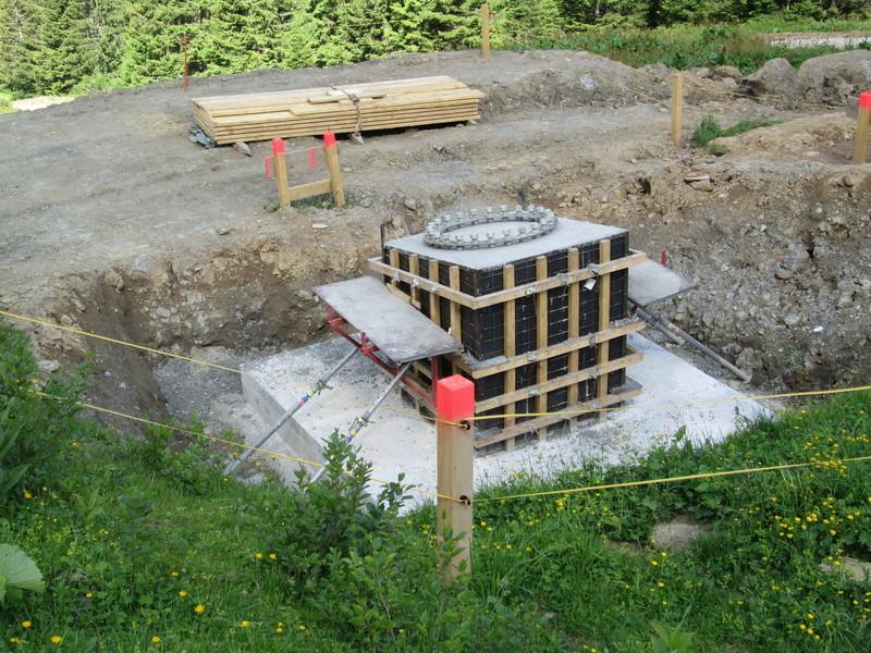 """Construction de télésièges dans le domaine """"Diablerets-Villars-Gryon (Suisse)"""" Img_1636"""