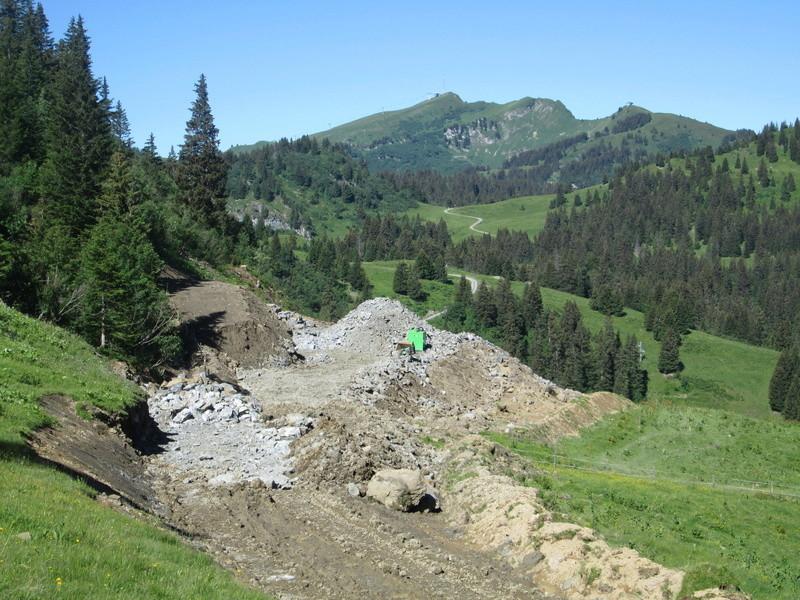 """Construction de télésièges dans le domaine """"Diablerets-Villars-Gryon (Suisse)"""" Img_1711"""