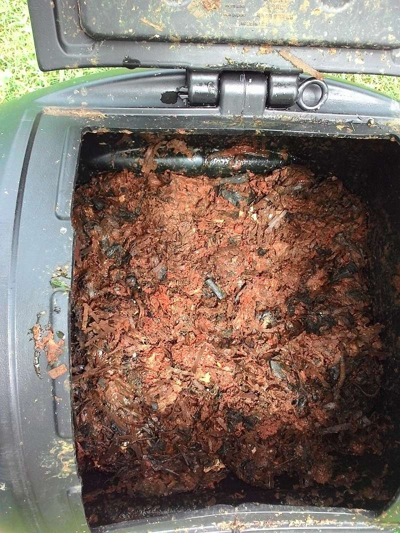 Tips for compost tumbler P_201612