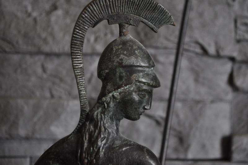 Stastuette athéna en bronze Dsc_0041