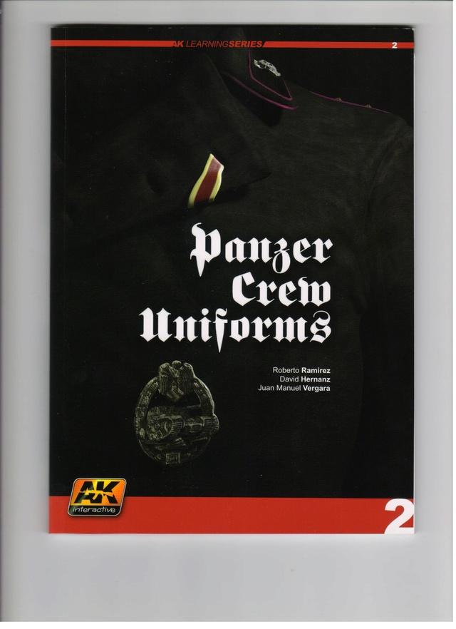 Роспись фигур  PANZER CREW UNIFORMS PAINTI NG GUIDE 00111