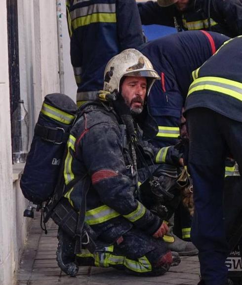 La emotiva carta de un bombero que estuvo en el 'Planta Baja' Gr-bom10