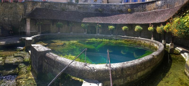Balade dans le Chablisien et retour par la Nièvre  Image110