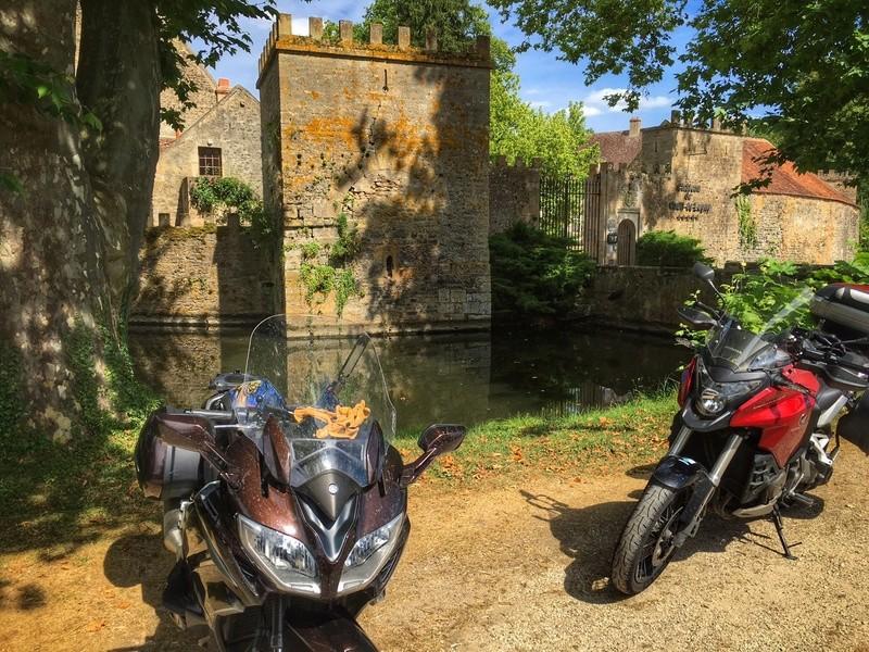 Balade dans le Chablisien et retour par la Nièvre  Image211