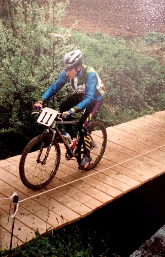 Moi en VTT en 1993... Fullsi14