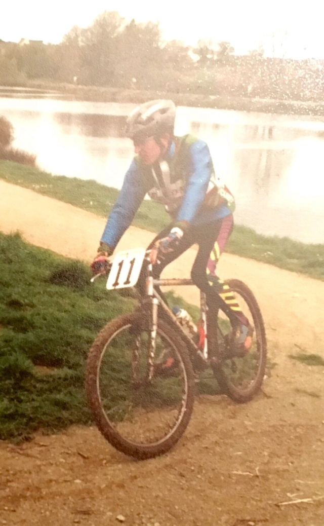 Moi en VTT en 1993... Fullsi15