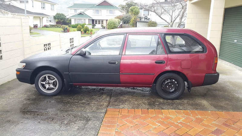 1994 AE101 Maroon/ Black wagon Receiv13