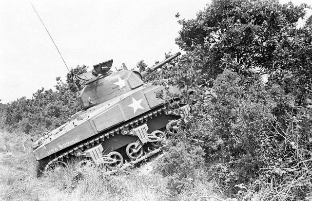 Bataille dans le Bocage Normand - techniques et tactiques Image91