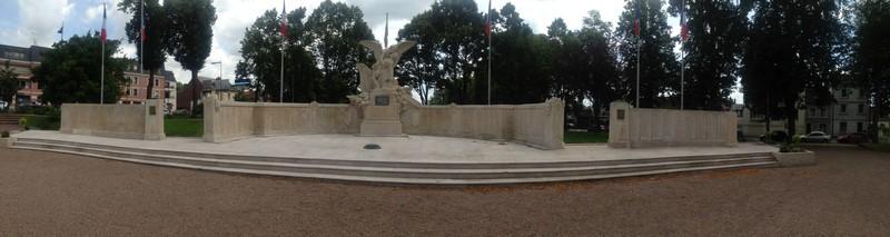 Monument aux morts (Beauvais) 1 Monume11