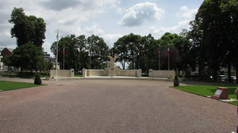 Monument aux morts (Beauvais) 1 Monume20