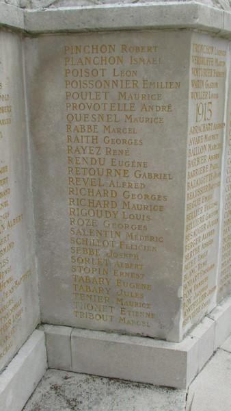 Monument aux morts (Beauvais) 1 Monume25