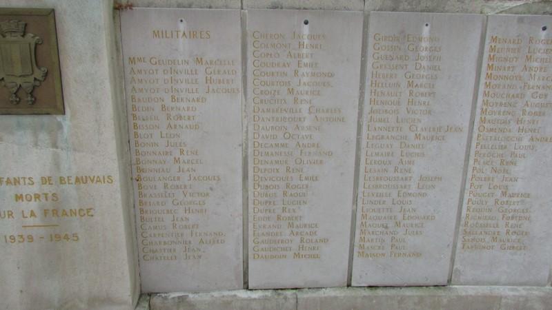 Monument aux morts (Beauvais) 2 Monume39
