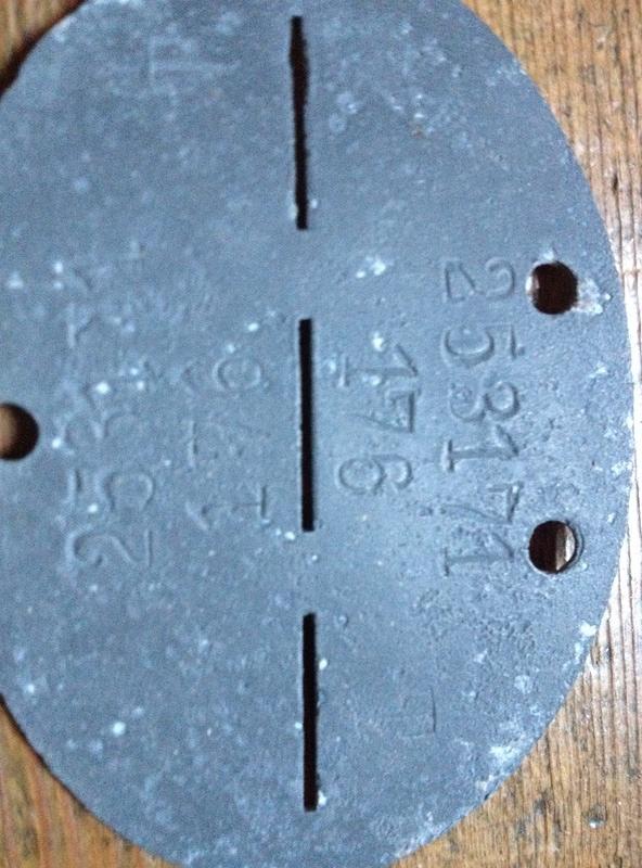 Ma plus rare plaque d'identité allemande (SS) Img_1842