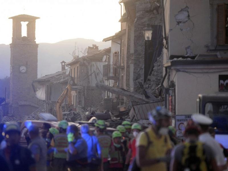Violent séisme à 150km de Rome Image118