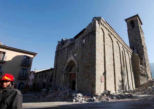 Violent séisme à 150km de Rome Image132