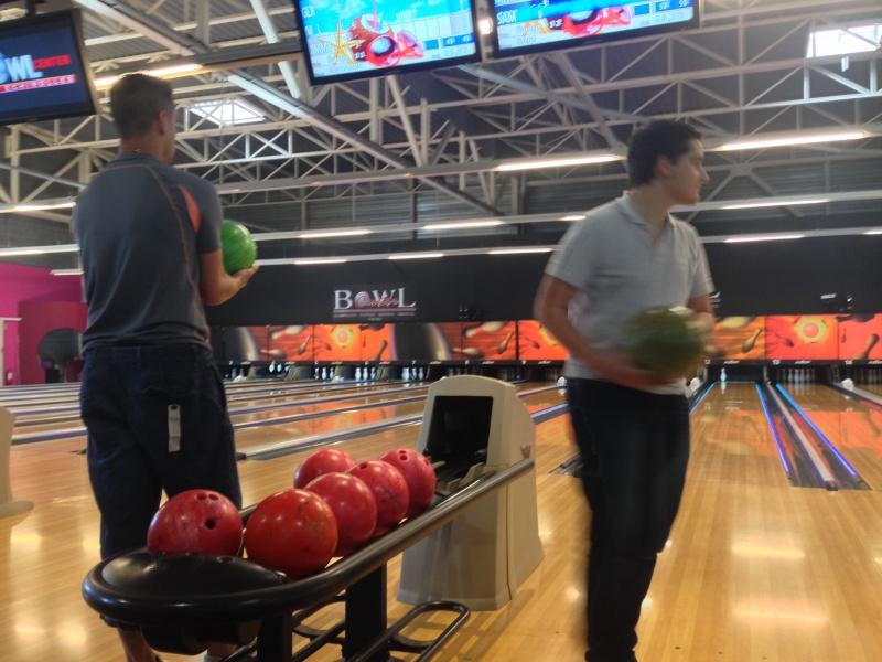 Debrief de la soirée Bowling... Img_1713