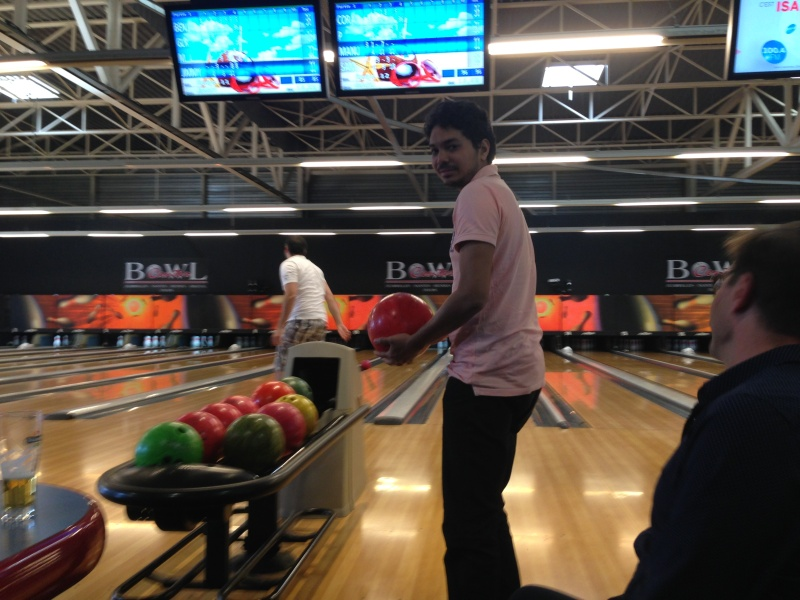 Debrief de la soirée Bowling... Img_1719