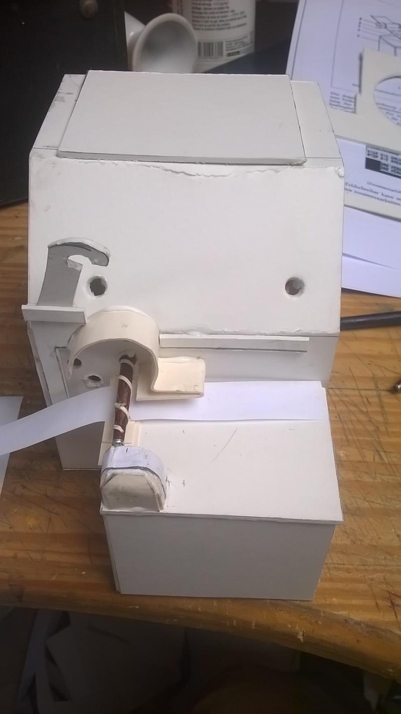 Réalisation de machines de télétransmission . Making a signal corp machinery .Realisierung von Maschinen von Nachrichtentruppe  Wp_20111