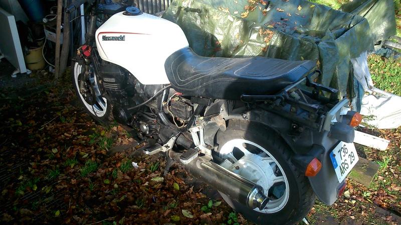 Préparation GTR 1000 1988 en scrambler ...ou pas...on verra! Dsc_0612