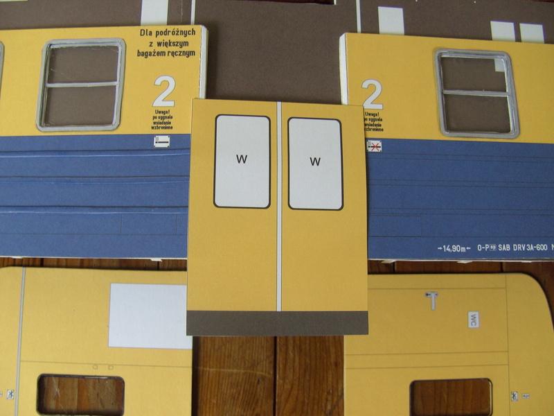 Fertig - Dreiteilige elektrische Triebeinheit - EN 57 gebaut von Holzkopf - Seite 2 Bild1842