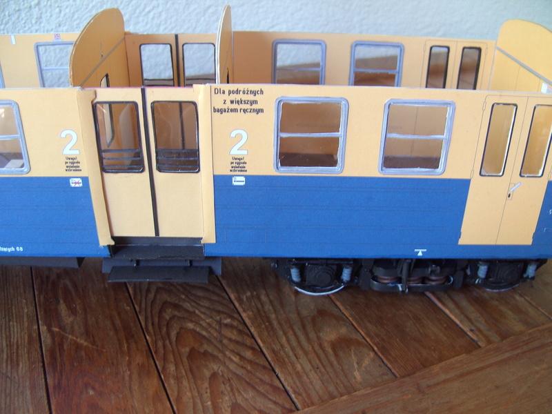 Fertig - Dreiteilige elektrische Triebeinheit - EN 57 gebaut von Holzkopf - Seite 2 Bild1851