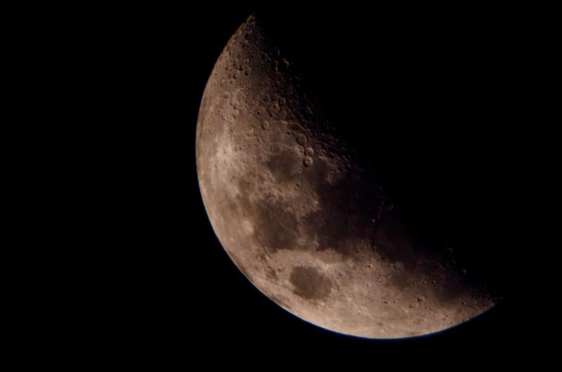 La Lune - Page 5 Lune_110