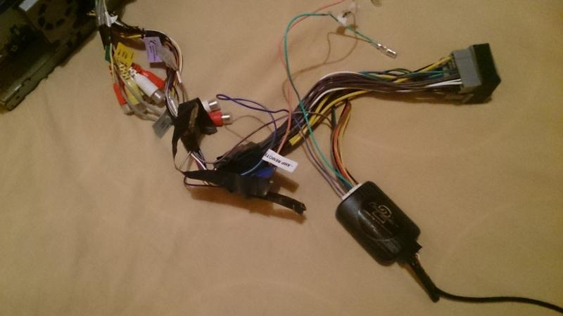 Décharge de batterie changement d'autoradio  Dsc_0010