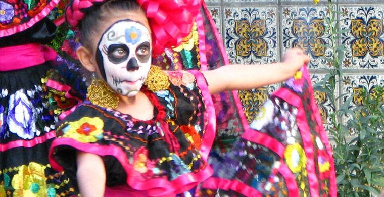 День мертвых в Мексике 710