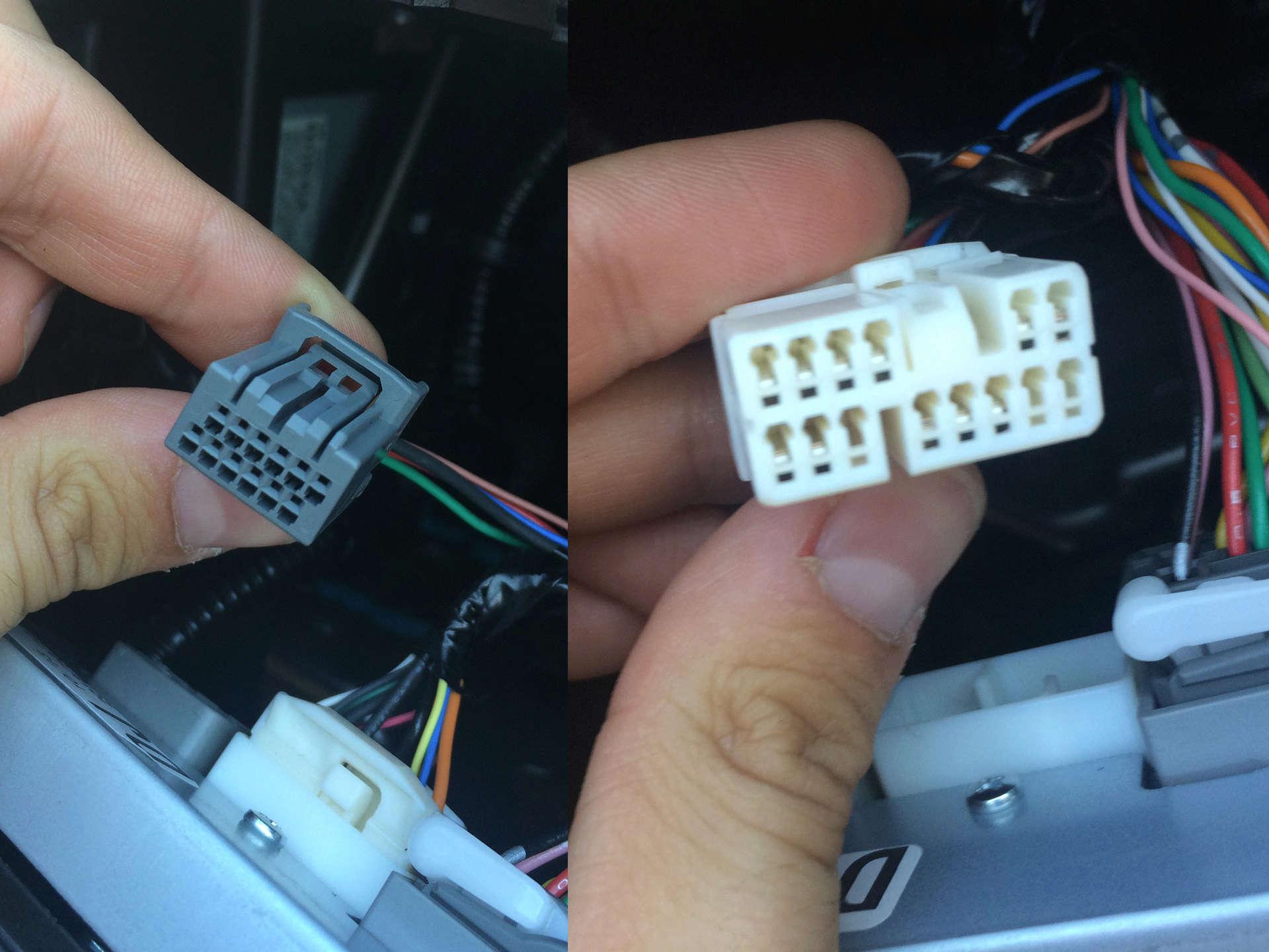 Changement Autoradio Pioneer 2 DIN Cables10