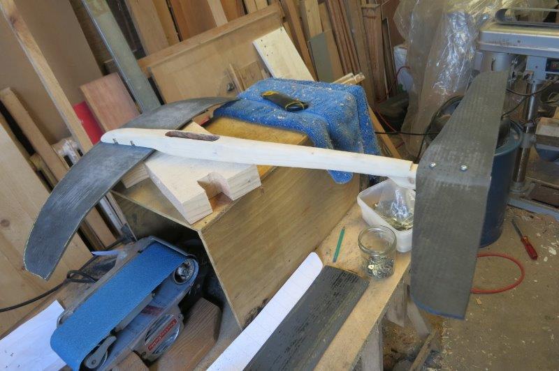 Construction foil dans le garage Img_3811