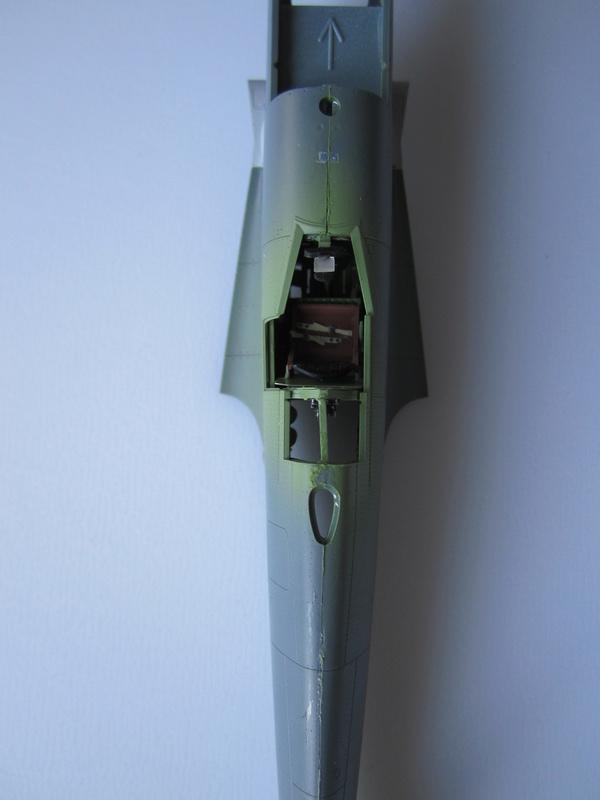 Supermarine Spitfire MK IX C 1/48 Eduard Img_2157