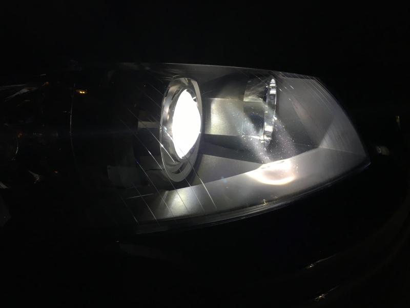 Pulizia interno faro dopo esplosione lampada Xeno Image11